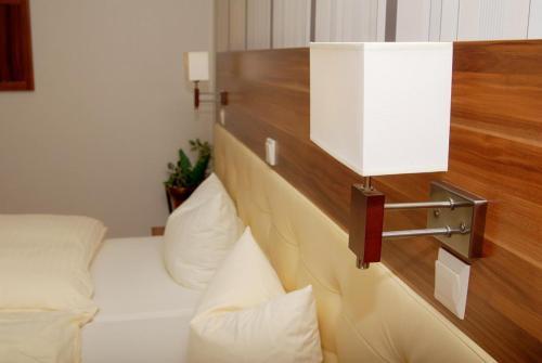 . Hotel Laux