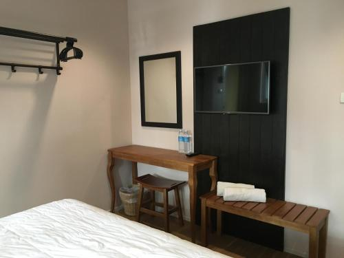 The Grand Palace Hostel photo 30