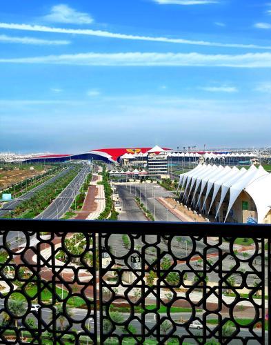 Yas Island Rotana Abu Dhabi photo 11