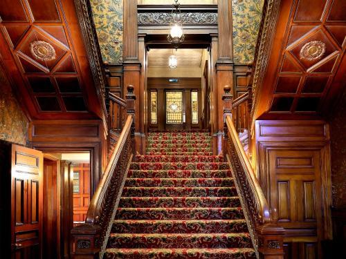 Macdonald Norwood Hall Hotel - Photo 5 of 35