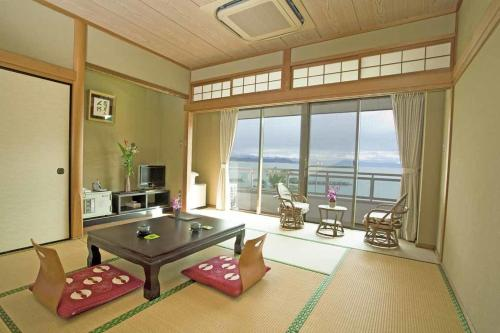 Japanese-Style Room with Sea View - Smoking