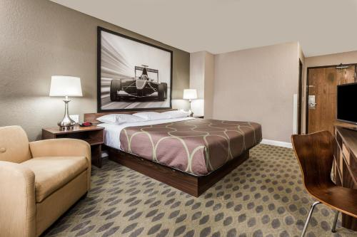 Super 8 By Wyndham Willows - Willows, CA 95988