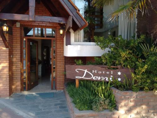 Фото отеля Hotel Demi