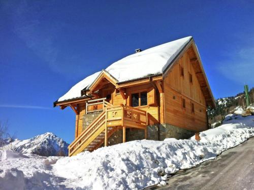 Luxurious Chalet in Vaujany French Alps with Balcony - Vaujany