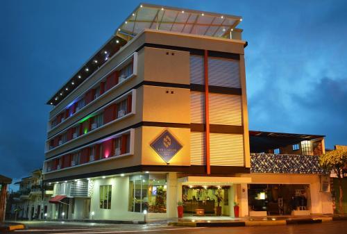 . Hotel San Carlos