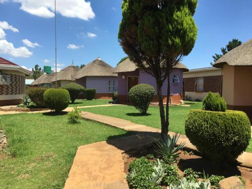 Molengoane Lodge,