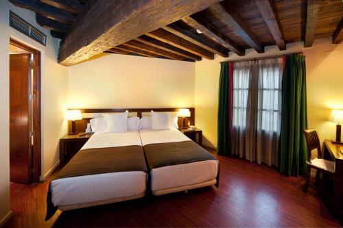 Doppel- oder Zweibettzimmer Abad Toledo 18