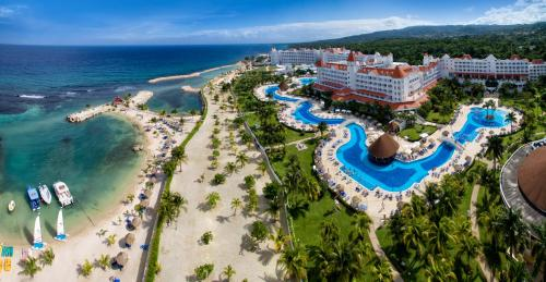 Luxury Bahia Principe Runaway Bay - Adults Only