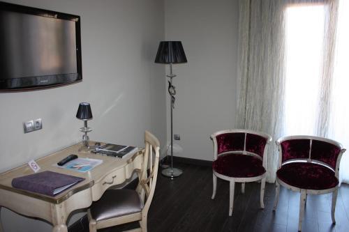 Twin Room Villa Nazules Hípica Spa 9