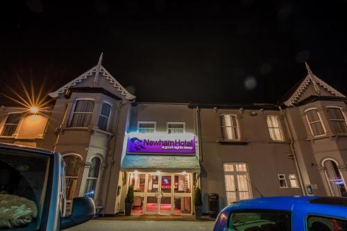 Newham Hotel - Photo 2 of 17