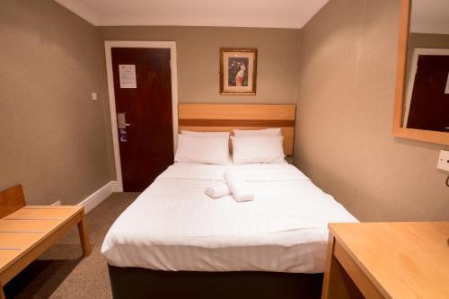 Newham Hotel - Photo 6 of 17
