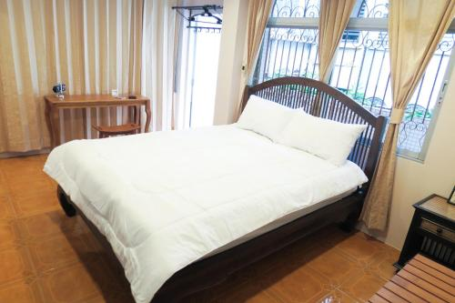 The Grand Palace Hostel photo 35