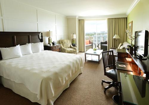 Riverside Hotel - image 8
