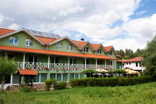 . Hotel 1876