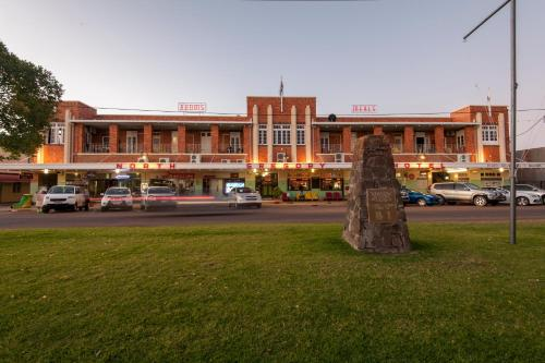 . North Gregory Hotel