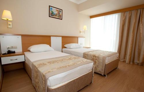 Фото отеля Aes Club Hotel