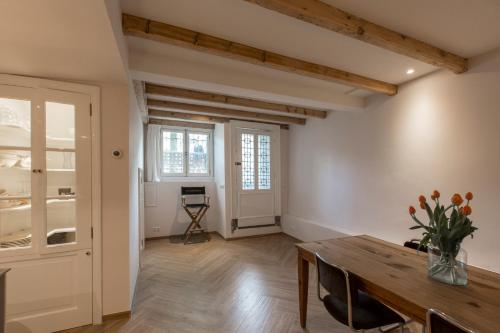 Canal Apartment Herengracht photo 9