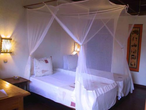 Hotel Cotsoyannis room photos