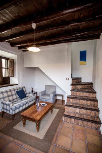 Maisonette Familienzimmer (2 Erwachsene + 2 Kinder) Hotel Cortijo del Marqués 5