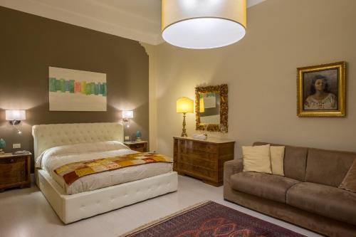 HotelElegant and Stylish Apartment
