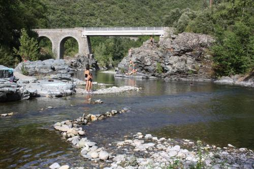 Camping Les Gorges de l'Hérault - Camping - Sumène