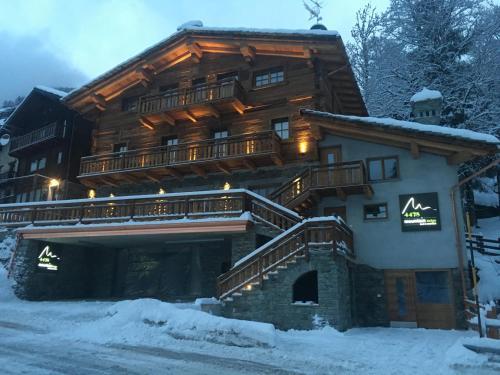 4478 Mountain Lodge