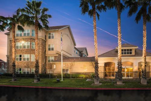 Homewood Suites by Hilton Ontario Rancho Cucamonga - Rancho Cucamonga, CA CA 91730