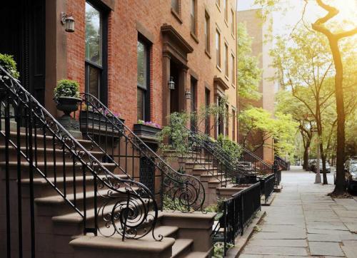 85 Flatbush Ave Ext, Brooklyn, NY 11201, USA.