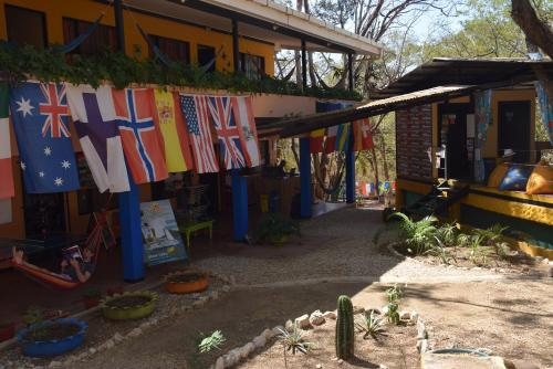 Hotel Pura Vida MINI Hostel - Tamarindo Costa Rica