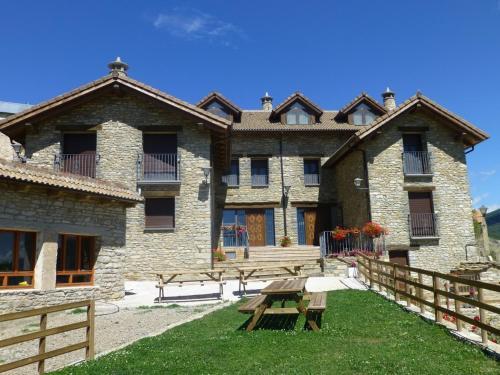 Accommodation in Anievas