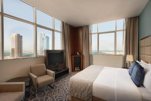 Ramada Abu Dhabi Corniche photo 16