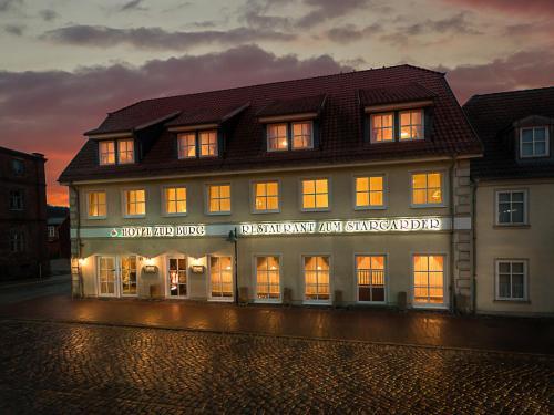 . Hotel zur Burg