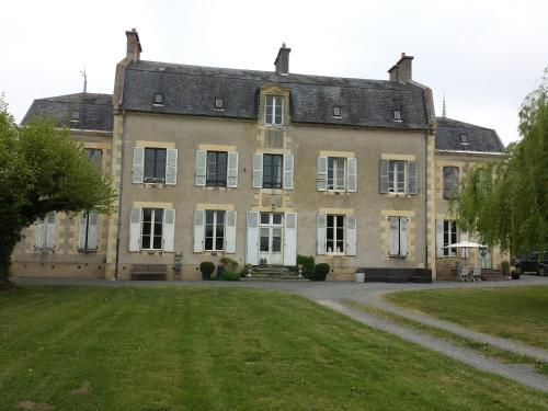 . Château Oliveau