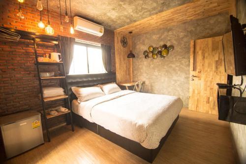 Hotel Bed Loft Cafe