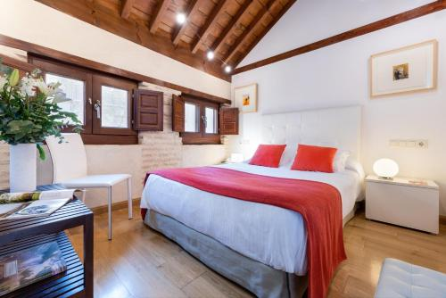 Budget Double Room Gar Anat Hotel Boutique 15