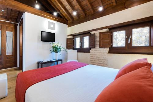 Budget Double Room Gar Anat Hotel Boutique 14