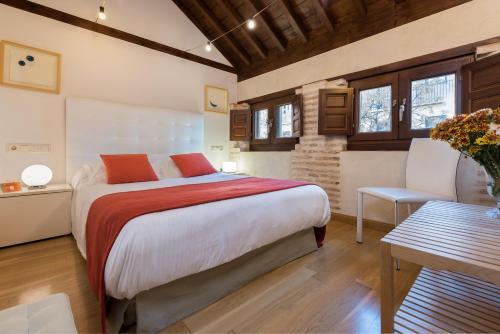 Budget Double Room Gar Anat Hotel Boutique 21