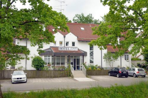 . Hotel Garni am Waldhang