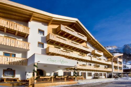 Family and Wellness Residence Ciasa Antersies - Accommodation - San Cassiano