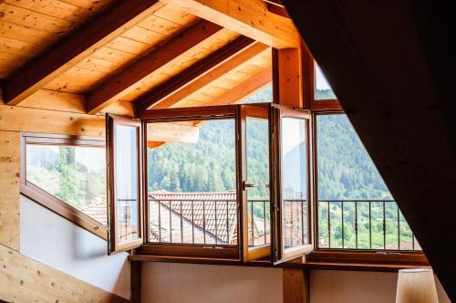 Ca' dei Boieti casa vacanze - Apartment - Ronzo Chienis