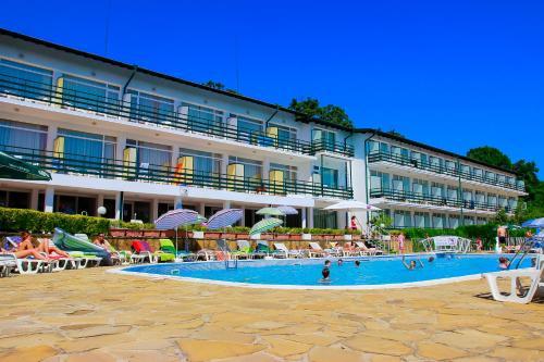. Kini Park Hotel All Inclusive