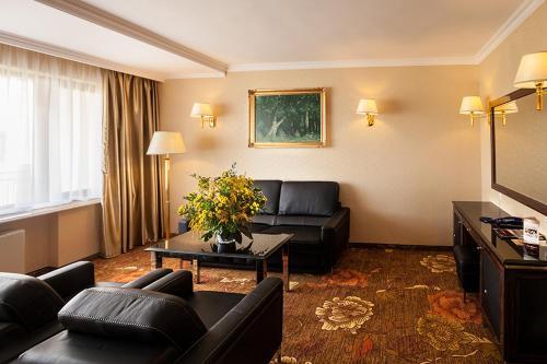 Hotel Gołębiewski Mikołajki Poland 1000 Reviews Price From 142