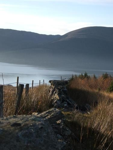 Shore Road, Cove, Argyll, G84 0NX.