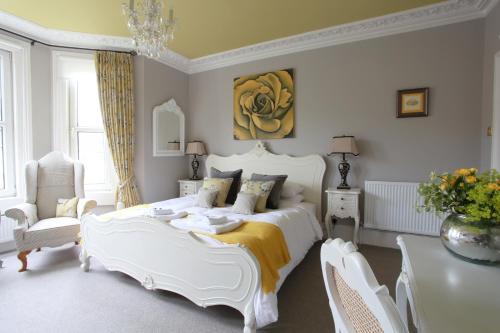 Brindleys (Bed and Breakfast) Bath