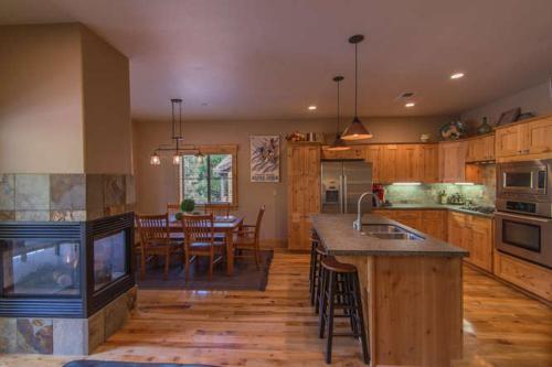 4 Timbers - Truckee, CA 96161