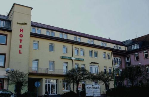 . Hotel Avalon