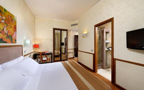 Best Western Hotel Piccadilly - image 7