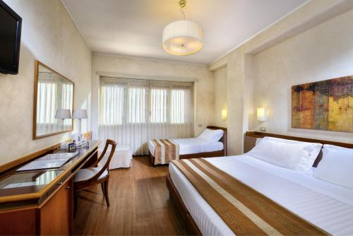 Best Western Hotel Piccadilly - image 8