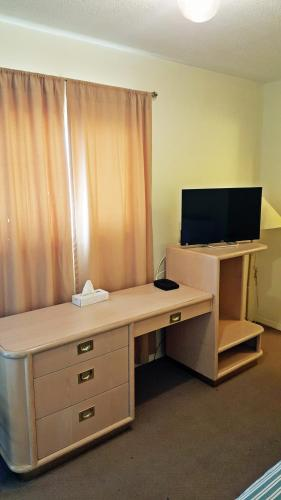 Badlands Motel - Drumheller, AB T0J 0Y1