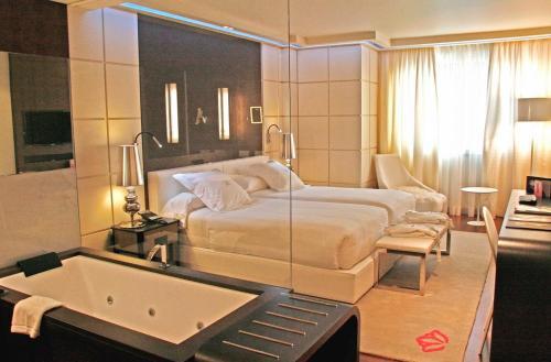 Double or Twin Room Gran Hotel Nagari Boutique & Spa 28
